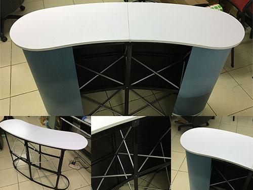 Counter & Podium © Pixel Planet Design
