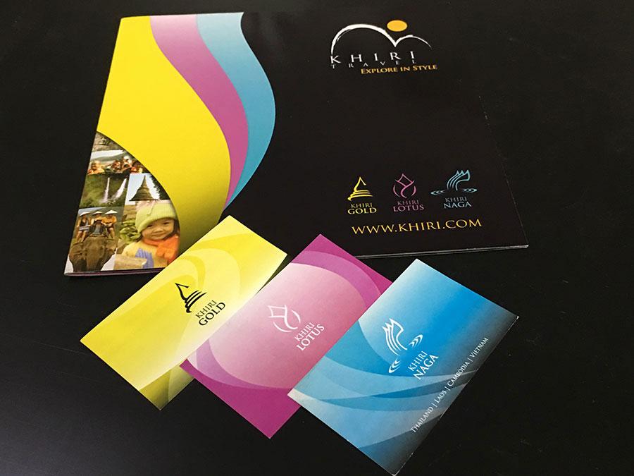 Travel agency brand brochure © Pixel Planet Design